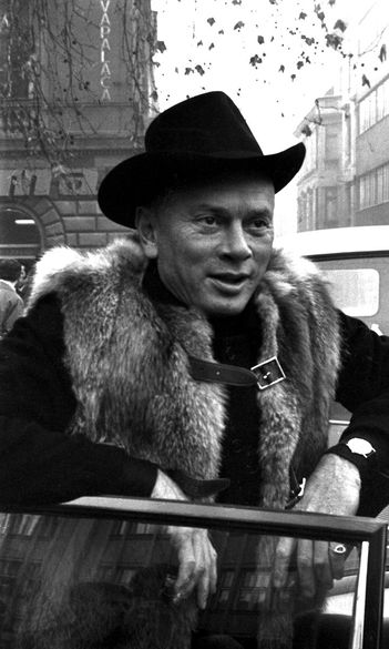 #oroszemigráció - Yul Brynner, a kopasz cowboy