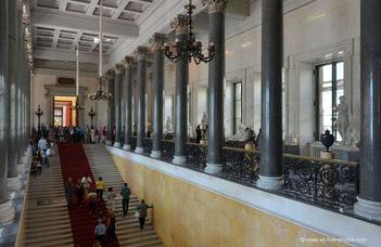 #оставайтесьдома и выбирайте из 300 особых российских музеев