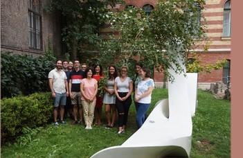 2020.09.25-én 17 órakor bepótoljuk az online térbe átkerült nyárindító Ruszisztikai Pikniket a Trefort-kertben.
